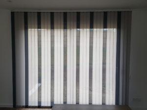 stores bandes verticales couleur reims